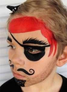 Piraten-Schminkvorlage: Kopftuch schminken