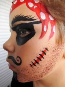 Piraten-Schminkvorlage Narbe schminken